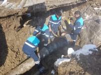 ŞEBEKE HATTI - Dondurucu Soğukta İçme Suyu Onarımı