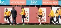 AHMET ÇALıK - Galatasaray'da Benfica Kadrosu Belli Oldu