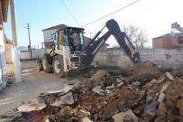 Pelitköy'de 62 Bin Metrekare Parke Döşendi