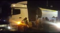 HAFRİYAT KAMYONU - Hafriyat Kamyonunun Tankerle Çarpışması