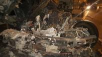 HAFRİYAT KAMYONU - Kontrolden Çıkan Hafriyat Kamyonu Gaz Tankerine Çarptı Açıklaması 1 Ölü