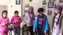 SOSYAL BILGILER - Üniversiteli Gönüllüler, Suriyeli Çocukları Oyunlarla Eğitiyor