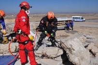 Afyonkarahisar'da Gerçeği Aratmayan Deprem Tatbikatı