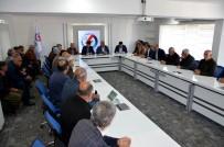 Dicle Elektrik Yöneticileri Sur İlçesindeki Muhtarları Dinledi