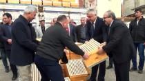 MEHMET YIĞIT - Adıyaman'da 900 Arı Kovanı Dağıtıldı
