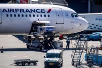 DEVLET BAŞKANI - Air France Venezuela Uçuşlarını İptal Etti