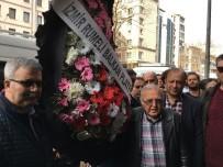 KEMAL KILIÇDAROĞLU - CHP İzmir'in Önüne Siyah Çelenk Bıraktılar