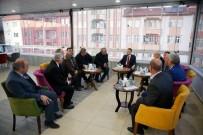 Cumhurbaşkanı Yardımcısı Oktay, Lise Arkadaşlarıyla Buluştu