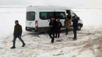 GENÇLİK MERKEZİ - Ercişli Gençler, Bitlis'i Gezdi