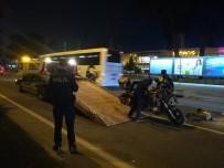 ATATÜRK BULVARI - Kaza Yapan Motosikletli Alev Aldı