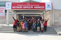 GENÇLİK MERKEZİ - Gençlik Ve Spor İl Müdürlüğü'nden 'Merkezim Her Yerde' Projesi