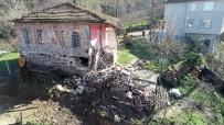 YAŞLI ÇİFT - Ordu'da Heyelandan 7 Ev Boşaltıldı