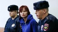 TUTUKLAMA KARARI - Rusya'da 6 Yaşındaki Oğlunu Ormana Bırakan Anne Tutuklandı