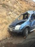 Artvin'de Trafik  Kazası Açıklaması 1 Ölü, 2 Yaralı