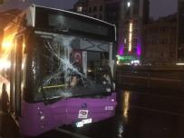 KOCAMUSTAFAPAŞA - Fatih'te Özel Halk Otobüsü Kaza Yaptı