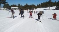 TÜRKIYE KAYAK FEDERASYONU - Gediz MYO'da Kayak Etkinliği