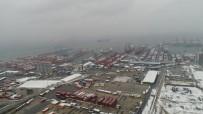 Beyaza Bürünen Ambarlı Limanı'ndaki Konteynerler Havadan Görüntülendi