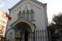 Dışı Kilise İçi Kütüphane