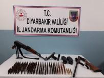 Diyarbakır'da Silah Kaçakçılarına Operasyon Açıklaması 2 Gözaltı