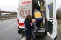 Düzce'deki Kazada Anne Baba Öldü, 2 Yaşındaki Çocukları Yaralı Kurtuldu