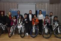 MEHMET ŞAHIN - İzmit'te Öğrenciler Bisikletlerine Kavuştu