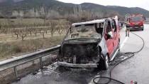 Taşova'da Araç Yangını