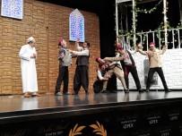 ARIF YıLDıRıM - İzmirliler, Yedi Kocalı Hürmüz Oyununa Akın Etti