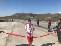 Sason'da Öğrenciler Arasında Atletizm Elemeleri Yapıldı