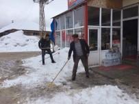 Bingöl'de Kar Etkili Oldu, 40 Köy Yolu Ulaşıma Kapandı