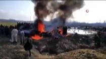 Hindistan Hava Kuvvetlerine Ait Savaş Uçağı Cammu Keşmir'de Düştü