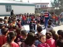 GÜMÜŞKAYA - Jandarmadan İlkokul Öğrencilerine Trafik Eğitimi