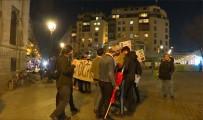 ANMA ETKİNLİĞİ - Paris'te Hocalı Katliamı Anma Etkinliğine Ermenilerden Saldırı