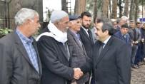 MUSTAFA BAŞOĞLU - Vali Güzeloğlu, Eğil'de Kanaat Önderleri İle Bir Araya Geldi