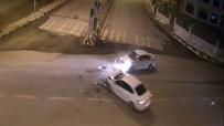 KIRMIZI IŞIK - Van'da Trafik Kazaları MOBESE'ye Yansıdı