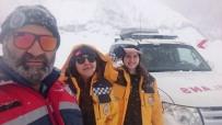 112 Sağlık Ekipleri Kar Ve Tipi Nedeniyle Mahsur Kaldı