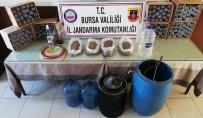 Bursa'da Jandarmadan Sahte İçki Operasyonu