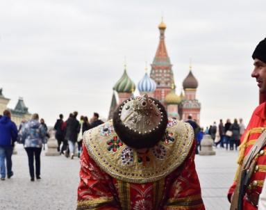 Diplomatların Objektifinden Türkiye Ve Rusya Fotoğraf Sergisi Açıldı