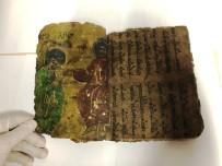 Diyarbakır'da İbranice Yazılı 800 Yıllık Dini Motifli Kitap Ele Geçirildi