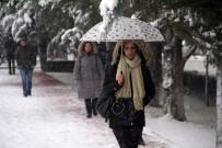 Elazığ'da 138 Köy Yolu Ulaşıma Kapandı