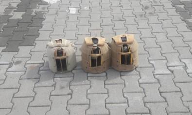 Jandarmanın Durdurduğu Araçta Keklikler Ele Geçirildi
