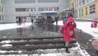 Kars'ta Eğitimi Kar Engeli