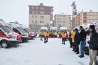 ÖZELLEŞTIRME İDARESI - Kars'ta Tam Donanımlı 11 Ambulans Hizmete Girdi