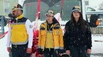 Kars'ta Tam Donanımlı 11 Ambulans Törenle Teslim Edildi