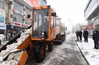 KIŞ MEVSİMİ - Muş Belediyesinden Karla Mücadele Çalışması