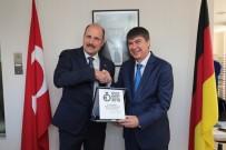 Türel Almanya'nın En Prestijli Ödülünü Aldı