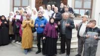 Burhaniye'de Umrecilere Pilavlı Uğurlama
