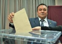 SÜLEYMAN ÖZDEMIR - Karacasu Ziraat Odası Başkanı İsa Sevinç Güven Tazeledi
