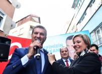 BÜLENT ECEVIT - Mustafa Sarıgül, DSP Bayraklarıyla Gövde Gösterisi Yaptı