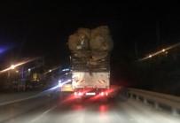 KAMYON ŞOFÖRÜ - Polisten Kamyon Sürücüsüne 'Nereye Böyle' Anonsu