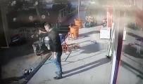 Tabureli, Bıçaklı, Silahlı 'Küfür Kavgası' Kamerada